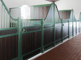 wellington-horse-stalls