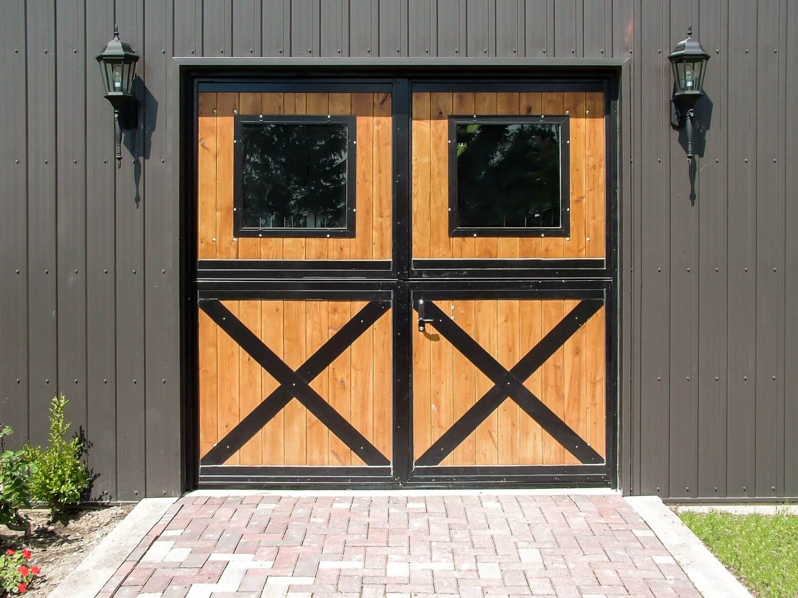 horse barn double dutch doors