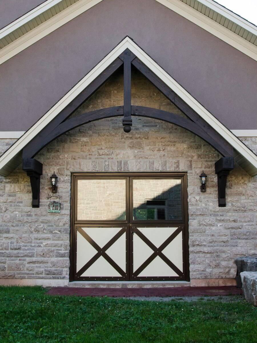 horse-barn-double-dutch-door-brown-beige